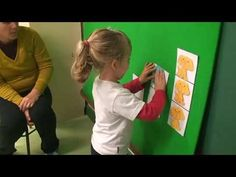 Actividad de l@s niñ@s de 12 a 16 meses en Escuela Infantil Pecas - YouTube