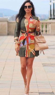 Button Dress, Boobs, Short Dresses, Beautiful Women, Vogue, Internet, Dresses With Sleeves, Women's Fashion, Legs