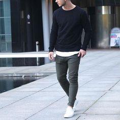 basics // menswear, mens style, mens fashion, sneakers, denim, sweater, tshirt