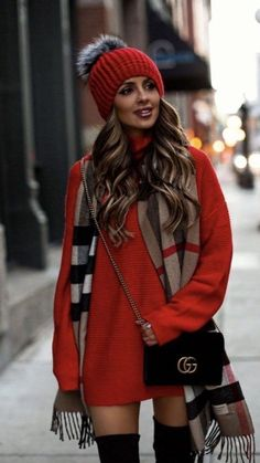 Trendy Winter Outfits To Help To Level Up Your Winter Style - Wass Sell Outfits 2019 Outfits casual Outfits for moms Outfits for school Outfits for teen girls Outfits for work Outfits with hats Outfits women Fashion Week, Cute Fashion, Look Fashion, Fashion Outfits, Fashion Ideas, 2000s Fashion, Fashion Bloggers, Trendy Fashion, Korean Fashion