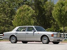 automotive-lust:    '95 Rolls-Royce Silver Spur IV    I enjoy cars with long hood and trunk lines.