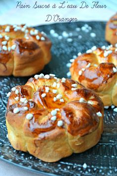 Brioches à la fleur d'oranger Chef Recipes, Sweet Recipes, Baking Recipes, Pastry And Bakery, Bread And Pastries, Croissants, Gateau Cake, Braided Bread, Rustic Bread