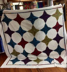 Quilt patterns, tips, fabric, instruction and information for the quilting community Log Cabin Quilts, Show And Tell, Quilt Patterns, Fiber, Patches, Quilting, Rugs, Fabric, Inspiration