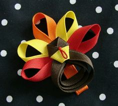 Cute hair bow! I think I may also be able to use this sort of design and make an eagle for my JR girls