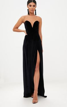 Black Velvet Draped Wrap Detail Bandeau Maxi DressGo glam in this maxi dress. Featuring a black v...