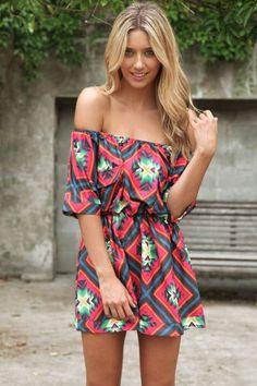 robe tunique imprimé ethnique à col bardot pour un maximum de légèreté en été