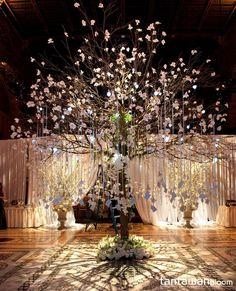 Enchanting-Wishing-Tree-Decorations-for-Wedding-Reception-Ideas.jpg (600×742)