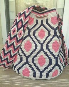 Our order is ready for delivery, be used in good days - Woman Fashion Online Diy Crochet And Knitting, C2c Crochet, Love Crochet, Filet Crochet, Crochet Handbags, Crochet Purses, Mochila Crochet, Tapestry Crochet Patterns, Bag Pattern Free