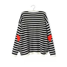 SheIn(sheinside) Black White Long Sleeve Striped Heart Print Sweater ($25) ❤ liked on Polyvore featuring tops, sweaters, sheinside, black, black sweater, loose sweater, black knit sweater, long sleeve pullover sweater and pullover sweater