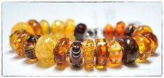 Bee in honey by neonfiller at Beadthrilled