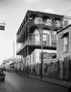 To the casual passer-by, the house on Dauphine Street offers no outward clue to the debauchery and carnage that took place within its walls more than a century ago, leaving the dark mystery of an unsolved massacre and slaughtered spirits...