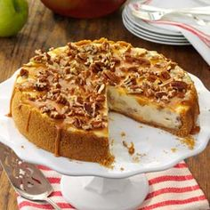 Caramel Apple Cheesecake #delicious #recipe #cake #desserts #dessertrecipes #yummy #delicious #food #sweet