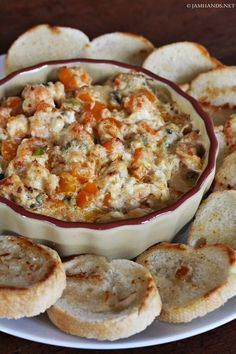 Cajun shrimp dip -I've had great success with spicy shrimp dips. You can't go wrong with Cajun seasoning, shrimp and cream cheese. This dip is a bit dif. Appetizer Dips, Yummy Appetizers, Appetizers For Party, Appetizer Recipes, Party Dips, Seafood Appetizers, Mardi Gras Appetizers, Recipes Dinner, Dinner Ideas