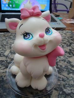 WoW - what a cute Cat Cake...