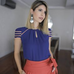 1533 likes 37 comments Beautiful Blouses, Beautiful Outfits, Suit Fashion, Fashion Dresses, Trendy Outfits, Cute Outfits, Sexy Blouse, Womens Fashion For Work, Blouse Styles