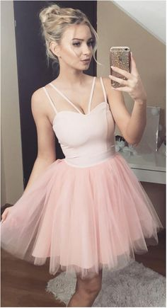 Cute Pink Tulle Short Homecoming Dresses Sweetheart Spaghetti Satin Backless Black Red Prom Dresses