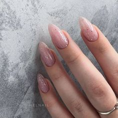 Exquisite manicure design makes life colorful - Page 63 of 111 - Inspiration Diary Yellow Nails, Pink Nails, Oval Nails, Neutral Nails, Minimalist Nails, Best Acrylic Nails, Dream Nails, Dope Nails, Stylish Nails