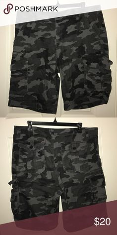 Men's Dark Grey Camo Cargo Shorts Men's Subculture Grey Cargo Shorts; worn a couple of times; all buttons and zippers on the shorts are in working condition. 100% cotton Tilly's Shorts Cargo