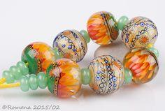 Artisan Lampwork Beads by Romana