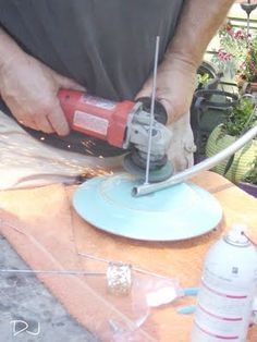 Tutorial: Garden Art from Up-cycled Dishes