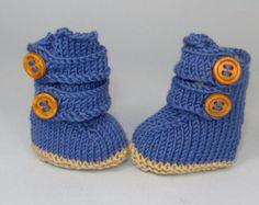 digital pdf file knitting pattern - Baby 2 Strap Boots (booties)  pdf download knitting pattern