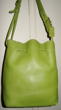 Rare Distressed Vintage Coach Lime Green Leather Drawstring Shoulder Bucket Duffle Spring Bag! - $63~ORIGINALLY $389....NO LINING...In VERY NICE CONDITION!