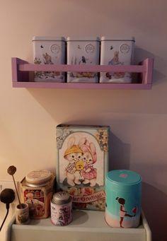 창작자들의 놀이터 : 그라폴리오 Life Is A Journey, Floating Shelves, Home Decor, Life's A Journey, Decoration Home, Room Decor, Wall Shelves, Home Interior Design, Home Decoration