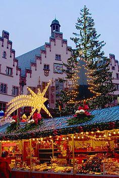 Weihnachtsmarkt (Christmas Market), Frankfurt, Hesse, Germany, Europe