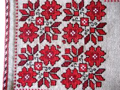 Vintage authentic traditional embroidery square tablecloth or small furniture decoration    SIZE: 23.5 x 23.5 (60 cm x 60 cm) tablecloth    High