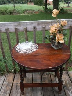 Antique English Oak Drop Leaf Gate Leg Mid Century End Table Vintage Deco