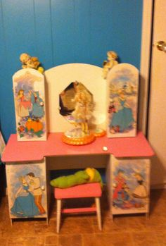Saved my daughters vanity now granddaughters play with it