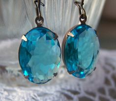 Clear Blue Vintage Glass Dangle Earrings (not my colour but like the simplicity)