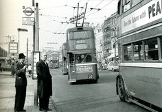 Holloway Road and a trio of trolleybuses London Pictures, London Photos, Old Pictures, Old Photos, Vintage London, Old London, North London, London Bus, London City