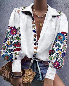2019 Fall Women Leisure V-Neck Lantern Sleeve Casual Shirt Female Vintage Floral Print Blouse Elegant Button Loose Shirt Trend Fashion, Look Fashion, Fashion Outfits, Parisian Fashion, Bohemian Fashion, Woman Fashion, White Fashion, Fashion Clothes, Fashion Fashion