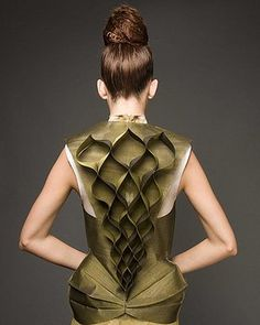 Shenaz Engineer - sculptural fashion, reptile like style, material manipulation