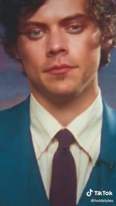 Harry Styles Singing, Harry Styles Smile, Harry Styles Funny, Harry Styles Edits, Harry Styles Baby, Harry Styles Imagines, Harry Styles Pictures, Harry Edward Styles, One Direction Videos