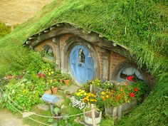 1000 Images About Over And Under Tree Houses And Hobbit