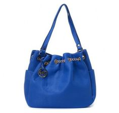 Michael Kors Chain Ring Large Blue Shoulder Bags Outlet x x 6 -Leather -Golden color hardware -Woven chain detail -Two side pockets and removable MK logo medallion -MK logo lining, two inside pockets along with a zip pocket Michael Kors Jet Set, Outlet Michael Kors, Cheap Michael Kors Bags, Michael Kors Shoulder Bag, Handbags Michael Kors, Mk Handbags, Handbags On Sale, Cheap Handbags, Luxury Handbags
