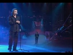 Raphael De Vuelta Concierto en Madrid 2003 Completo Madrid, Youtube, Musica, Concert, Reading