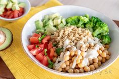 Fitness recepty s vysokým obsahom bielkovín Lidl, What To Cook, Cobb Salad, Detox, Food And Drink, Healthy Eating, Lunch, Paleo, Vegetables