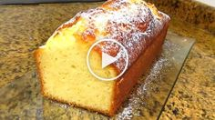 "La cocinera te enseñará cómo hacer un bizcocho de limón casero, esponjoso y muy fácil. ""Aprende con este vídeo a como hacer bizcocho de limón... Basic Sponge Cake Recipe, Basic Cookie Recipe, Sponge Cake Recipes, Cookie Recipes, Dessert Recipes, Desserts, Pan Dulce, Pan Bread, Almond Cakes"