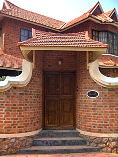Super Exterior Brick Homes Country Houses Ideas Old House Design, Village House Design, Kerala House Design, Bungalow House Design, Brick Design, Facade Design, Exterior Design, Kerala Architecture, Brick Architecture