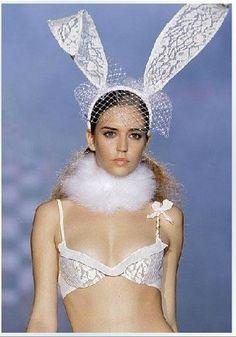 Party Fancy WHITE Wedding Bride Beauty Lace up Veil Bunny ears (Long)