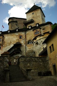 Orava Castle Slovakia Architecture Old, Beautiful Architecture, Real Castles, Heart Of Europe, City Landscape, Chateaus, Cityscapes, Palaces, Abandoned Places