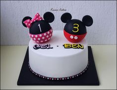 Minnie and Mickey  - Cake by Kmeci Cakes