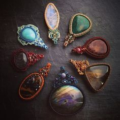 マクラメペンダントヘッドコレクション。 #MacrameJewelryMANO #macrame #マクラメ #handwork #handmade #bohemian #hippie #gypsy #ethnic #tribal #naturalstone #gemstone #stone #天然石 #accessories #pendant #曼荼羅 #mandara #color