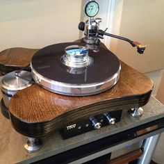 Mono and Stereo High-End Audio Magazine: TT Weights Avro Supreme turntable NEW