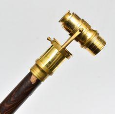 Magnífica bengala de coleção com haste em madeira nobre..