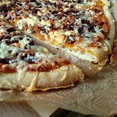 Greenway36: Herbstpizza mit Kürbispüree, Hack, Zwiebeln und Feta
