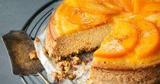 Persimonijuustokakku saa ihastuttavan makunsa persimonin lisäksi kanelista, inkivääristä ja muskotista. Nappaa resepti talteen ja ihastu hittihedelmään!